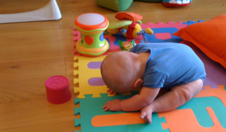 Baby yoga, seated forward bend, itsy bitsy yoga